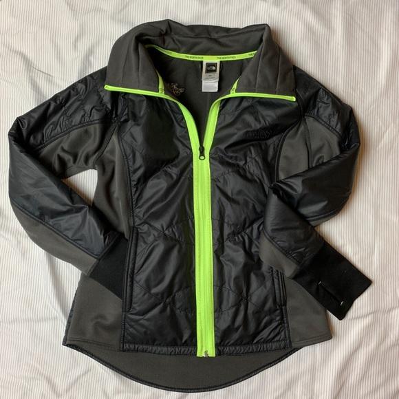 b5b48f42e North Face Sport Jacket